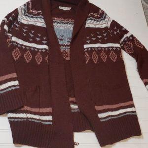 Cozy Burgundy patterned cardigan